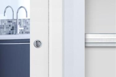 Eclisse-ovet sopivat mainiosti myös wc-ja kylpyhuonetilojen oveksi.